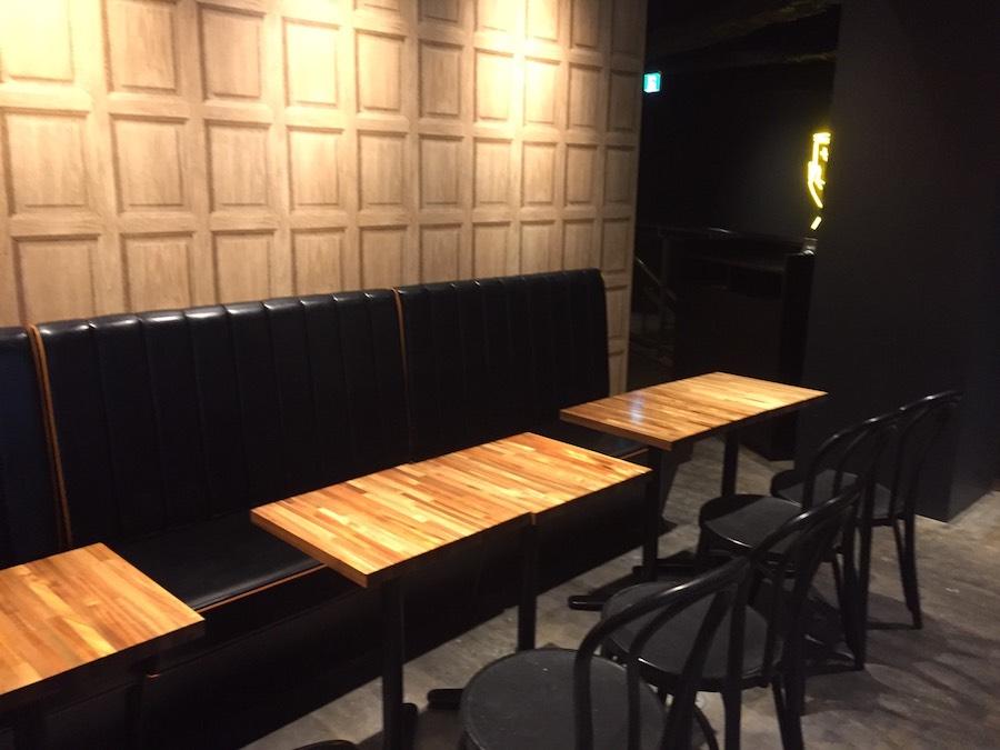 ジアレイ渋谷道玄坂店2階手前の席