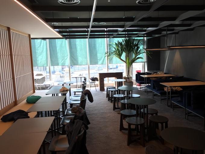 猿田彦珈琲原宿駅店 和と洋の融合空間